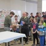 Nagrodę odbiera Senior Włodzimierz Nowak
